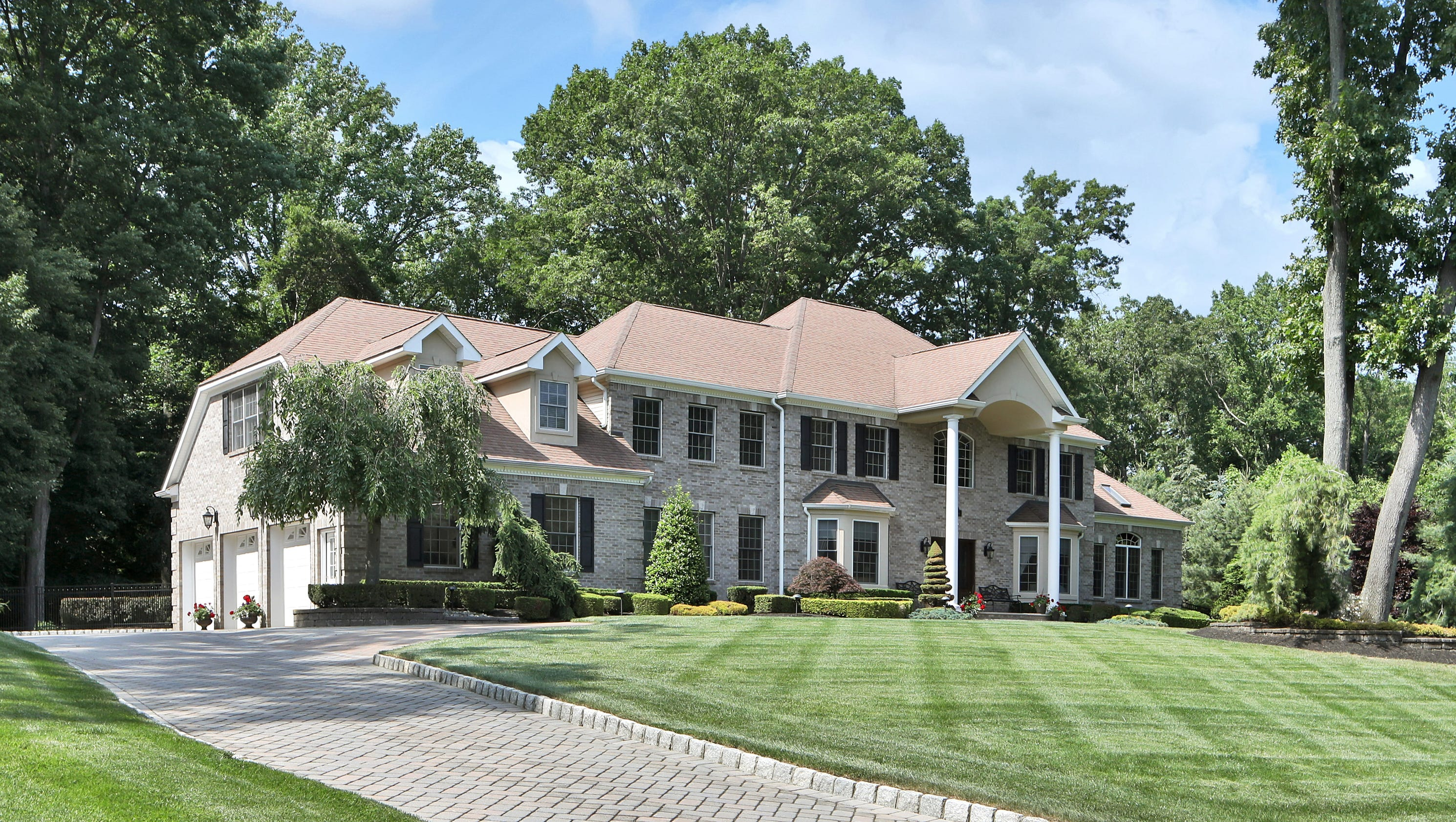 remarkable colonial mansion in holmdel