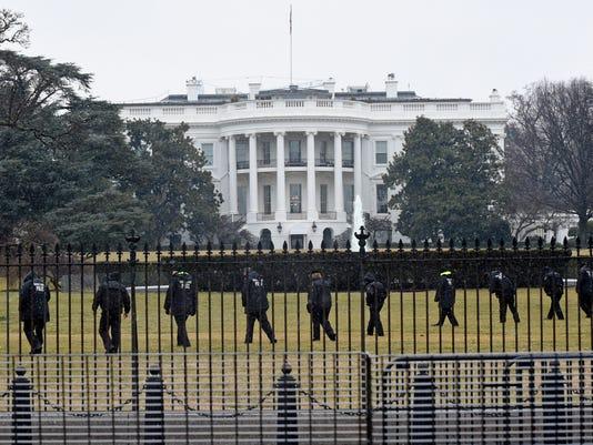 AP WHITE HOUSE LOCKDOWN A USA DC
