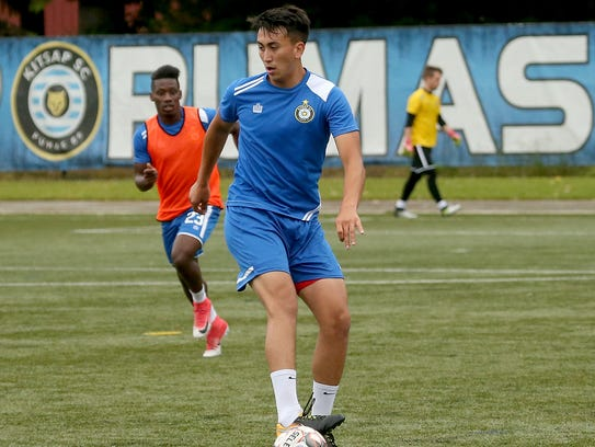 Ismael DeLuna starred at North Kitsap and played one year at Olympic College before putting soccer aside to enter the working world. After playing both indoor and outdoor soccer with the Olympic Force, he earned a spot on the Kitsap Pumas this season.