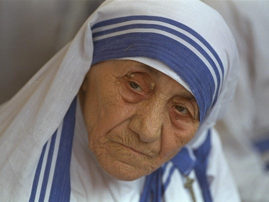 writings of mother teresa Mother teresa - come be my light - the private writings of the saint of calcutta: mother teresabrian kolodiejchuk, mother edited by kolodiejchuk brian teresa: 9780307589231: books - amazonca.