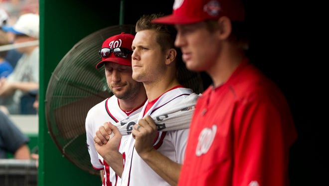 Jonathan Papelbon was suspended by the Nationals four games.