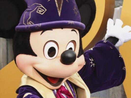 300-4-mickey-mouse.jpg