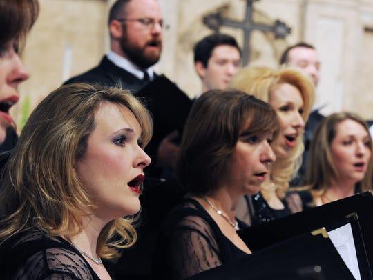 The Grammy-winning Phoenix Chorale will pay tribute