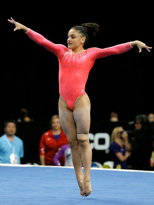 Armour Laurie Hernandez Keeps Pace With Vets At U S