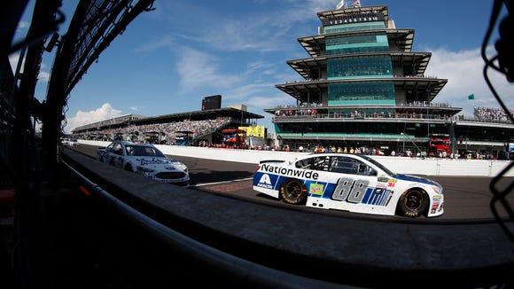 USP NASCAR: BRANTLEY GILBERT BIG MACHINE BRICKYARD S CAR USA IN