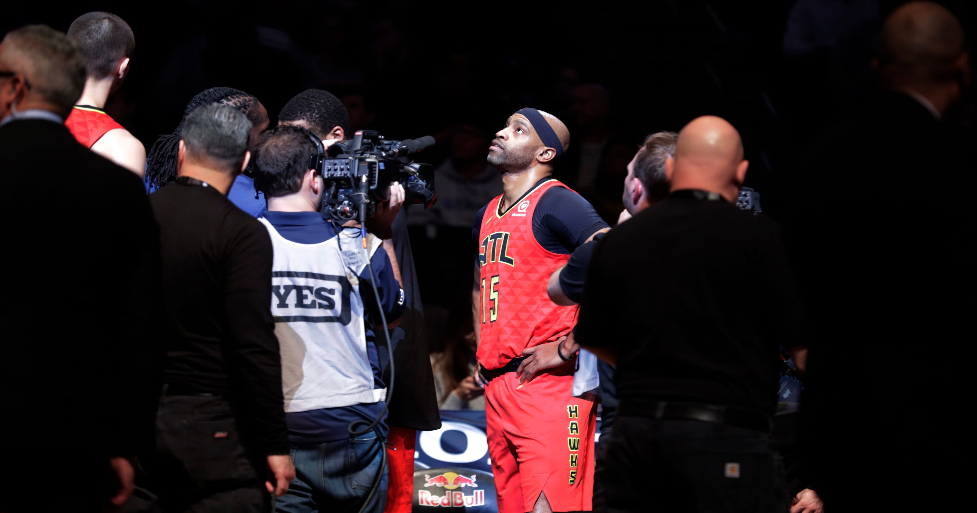 89960e37c1d Vince Carter watches the good times, but is he near goodbye?