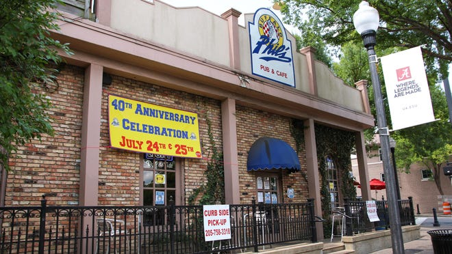 Buffalo Phil's, located at the corner of University Boulevard and Frank Thomas Avenue, is celebrating its 40th anniversary this weekend.
