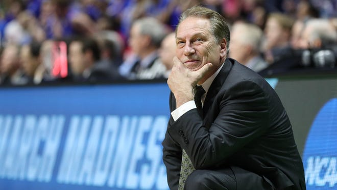 Michigan State and head coach Tom Izzo are the favorites to win the 2018 NCAA tournament, according to at least one Las Vegas sportsbook.