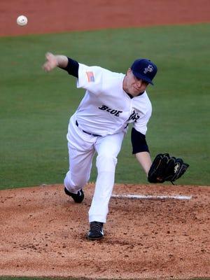 Daniel Wright continued his strong performances in Blue Wahoos Stadium in helping team to win Monday night.