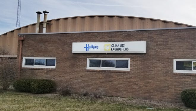 Hudlow's Dry Cleaner is shutting down.