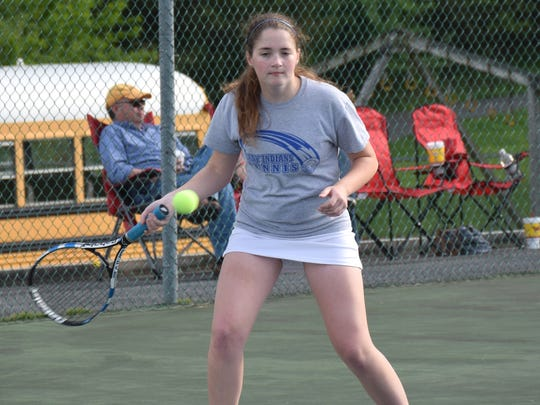 Fort Defiance's Allyson Senger went 2-1 in the Indians' three Conference 29 team tournament matches.