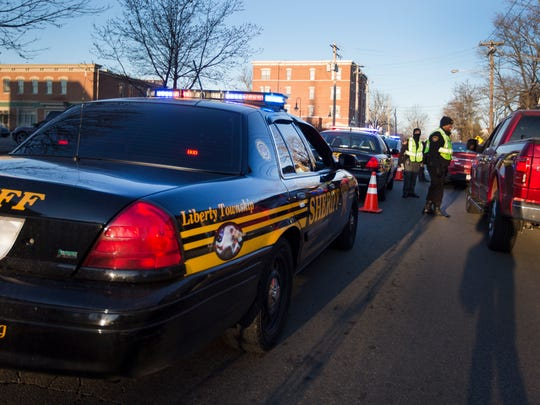 Police agencies conduct an OVI checkpoint in Oxford.