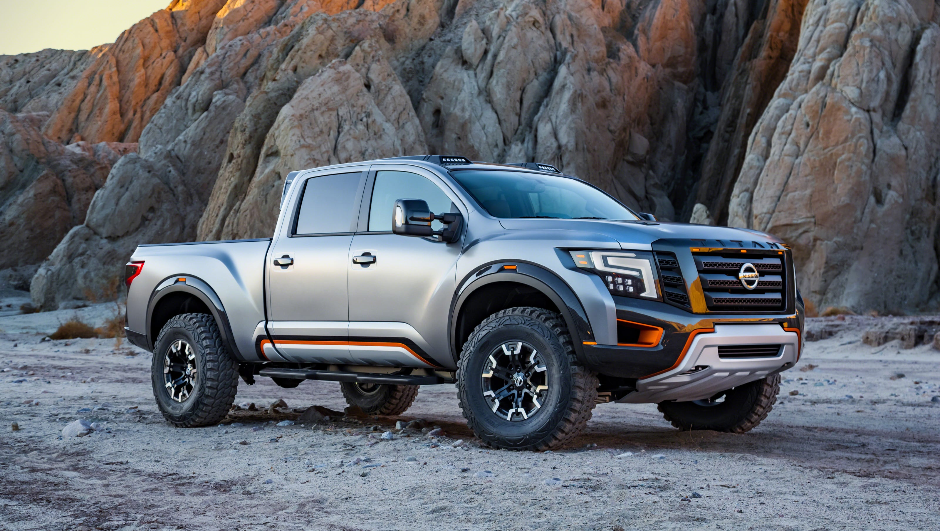 Nissan Titan Warrior pickup goes bold at Detroit auto show