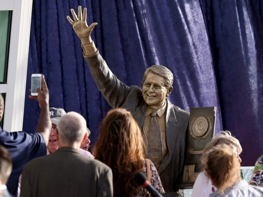 Lute Olson statue