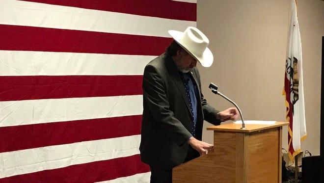 Rep. Doug LaMalfa prepares to address a town hall in Yreka.