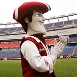 UMass meeting to call for departure from FBS