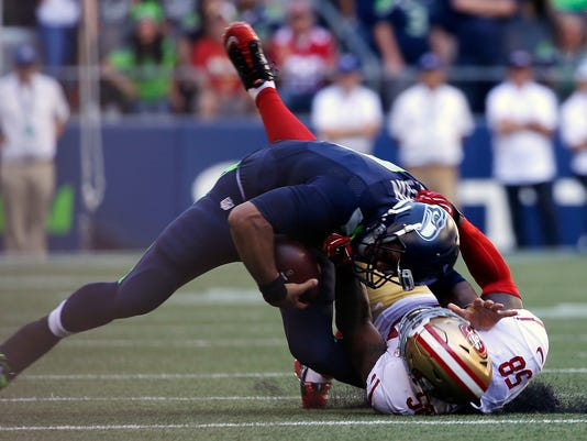 25 30 Seattle: Russell Wilson To Start For Seattle Despite Knee Sprain