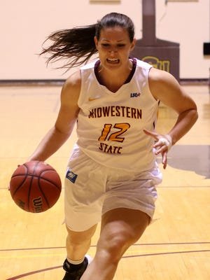 Midwestern State's Jennifer Arbuckle drives to the basket in the game against Texas A&M-Commerce Thursday, Jan. 26, 2017, at D.L. Ligon Coliseum. Midwestern State was defeated by Texas A&M-Commerce 69-64.