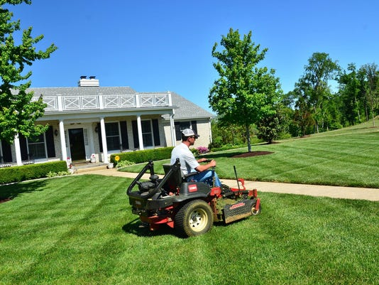 GreenPal Launches Uber For Lawn Mowing In Clarksville