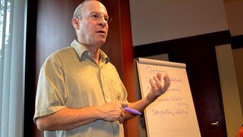 Writing coach Roy Peter Clark.
