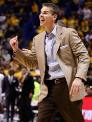 Paul Lusk will return for a seventh season as the men's basketball coach at Missouri State.