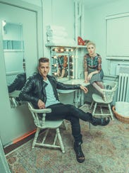 Country artists Thompson Square will perform an acoustic