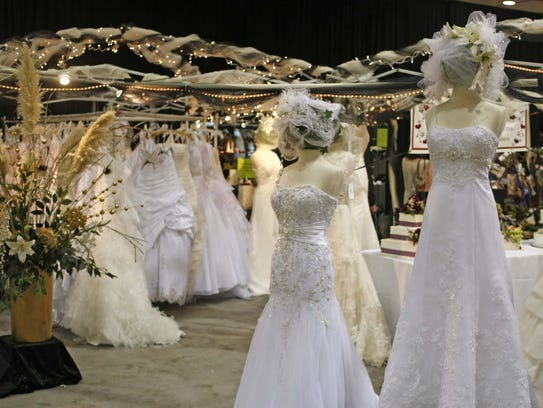 Soon-to-be brides and grooms can gather to see all the latest wedding trends at the Oregon Wedding Showcase Jan. 27-28.