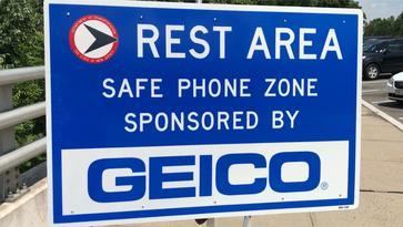 Road Warrior: Where to text legally from your car
