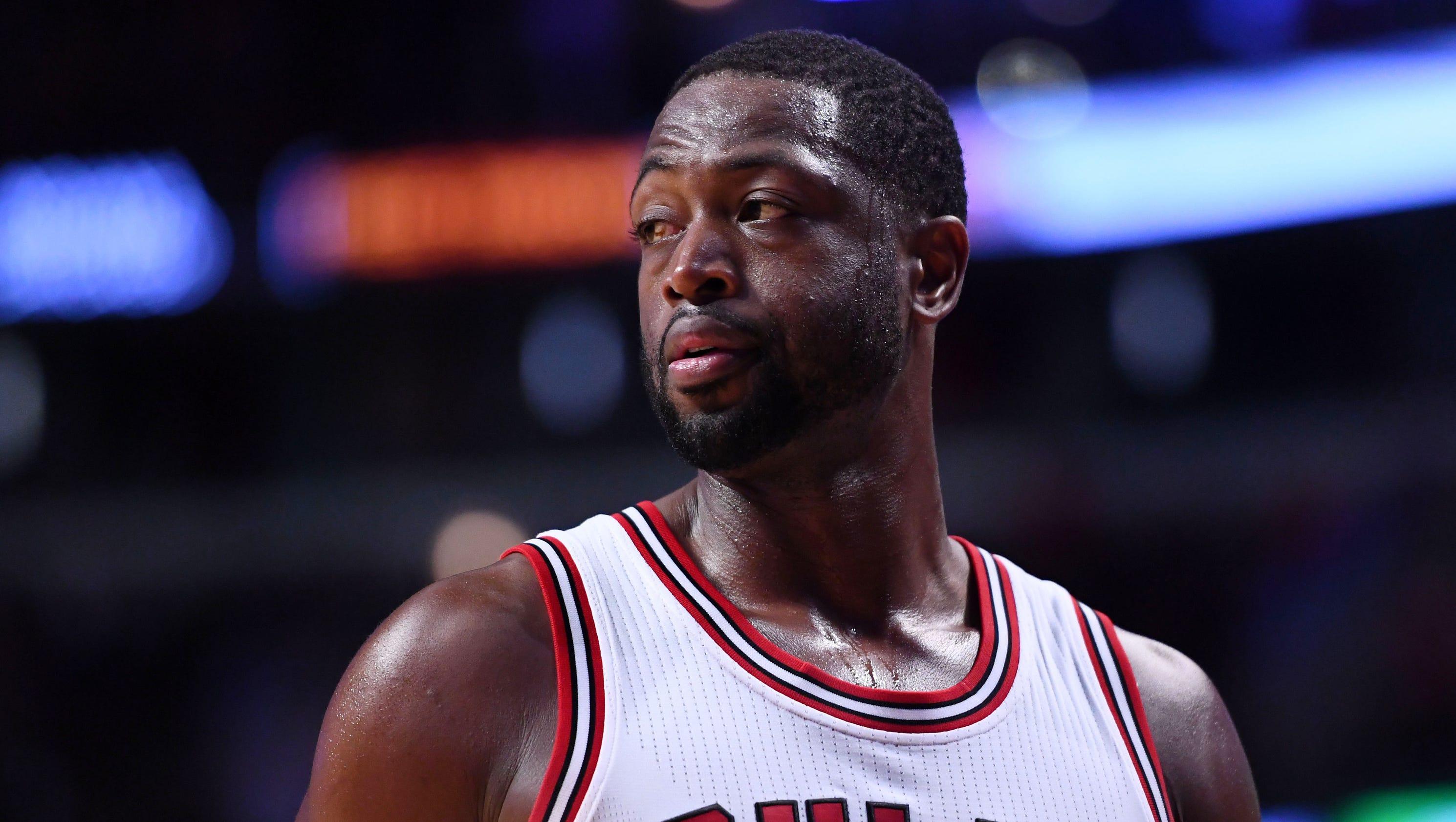 Dwyane Wade defends LeBron, says Charles Barkley should ...