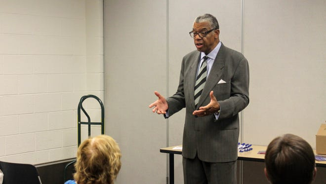 Farmington Hills resident and gubernatorial candidate Bill Cobbs speaks to members of the Livonia Democratic Club Sept. 14.