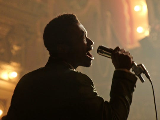 Algee Smith is stunning as an aspiring Motown singer in riot-choked 'Detroit.'