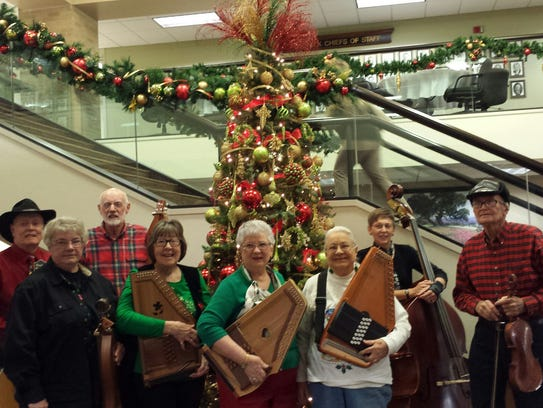 Members of the Big Country Autoharp & Dulcimer Club