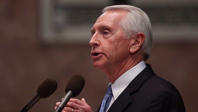 Kentucky Governor Steve Beshear gives his annual State of the Commonwealth address Tuesday, Jan. 7, 2014, in the House Chamber of the Capitol in Frankfort.  By Jonathan Palmer/Special to the Courier-Journal