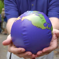 Celebrate Earth Day at the Louisville Zoo