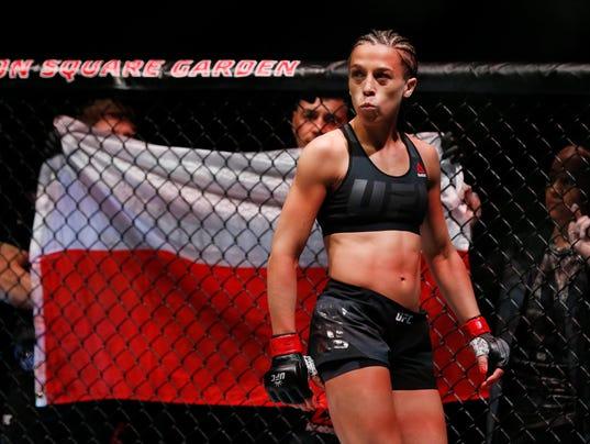XXX MMA- UFC 205-JEDRZEJCZYK VS KOWALKIEWICZ__17358.JPG S OTH USA NY