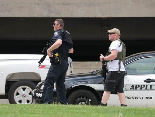 APC Police at City Center 0782 053118 wag.jpg