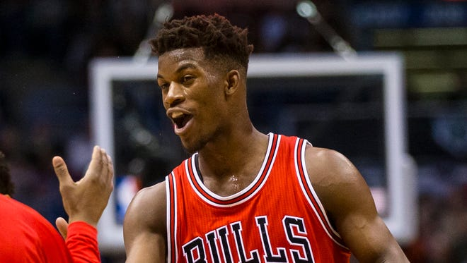Jimmy Butler limited LeBron James to 19 points on 9-of-22 shooting in the Bulls' series-opening win.