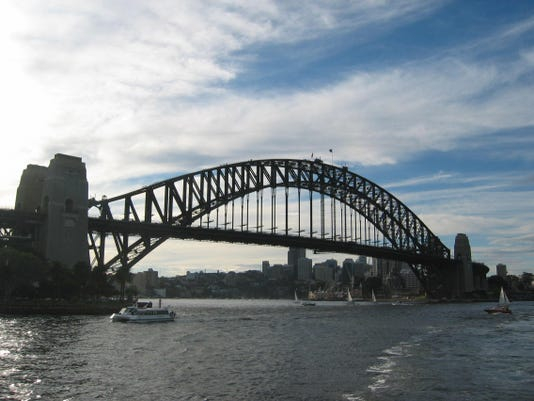 sydney bridge from ferry (2)