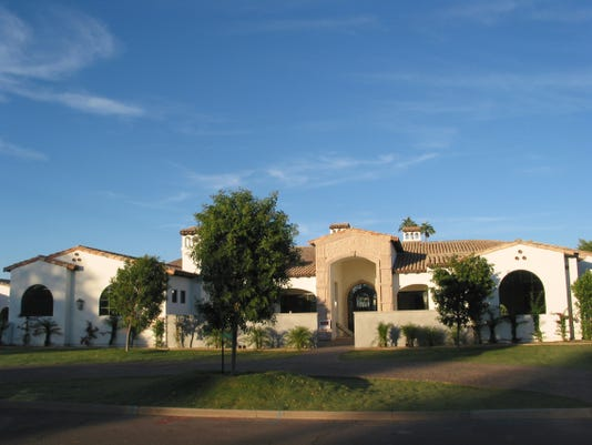 Evan and Kristin Horstman paid $2.8 million in cash for this 6,446 square-foot home at Mockingbird Lane Estates in Paradise Valley. The sale closed during the week of Oct. 13, 2014.