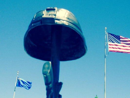 IMG_VeteransCemetery_1_1_VDASDRG7.jpg_20150524.jpg