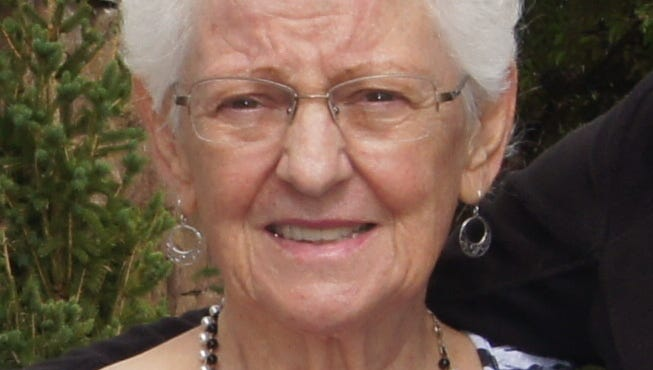 Mary Alice Shimoda, 81, of Fort Collins, Colorado died peacefully on June 28, 2014 at home.