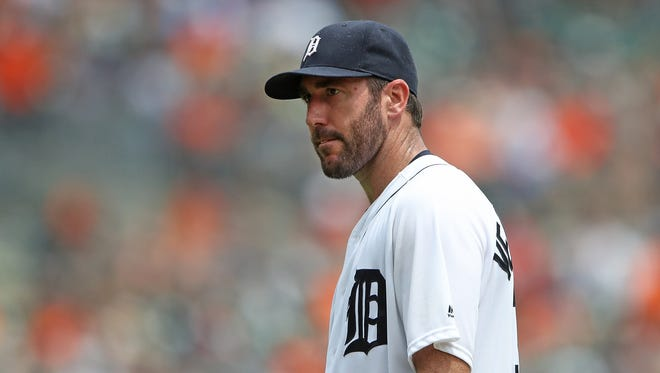 Justin Verlander walks off the mound after being removed in the fifth inning Sunday.