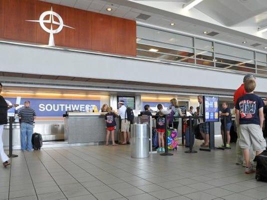 -27airport.pix21.JPG_20120524.jpg