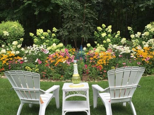 homestyle garden photo contest finalists show variety. Black Bedroom Furniture Sets. Home Design Ideas