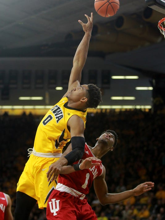 636544772353522985-180217-09-Iowa-vs-Indiana-mens-basketball-ds.jpg