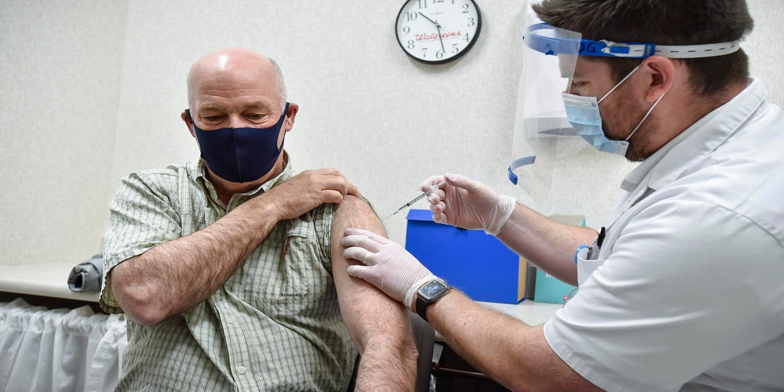 Walgreens announces $25 giveaway for new COVID-19 vaccine recipients