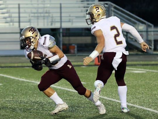 Cayden Storm (22) will play a huge role in Des Moines Lincoln's offense this upcoming season. The junior ran for more than 900 yards in 2017.