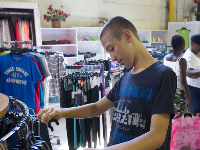 The warehouse clothing store college station