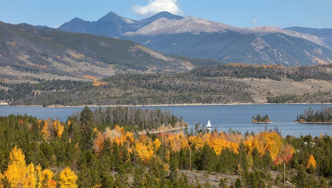 File art: The Dillon Reservoir view from Frisco, Colorado.
