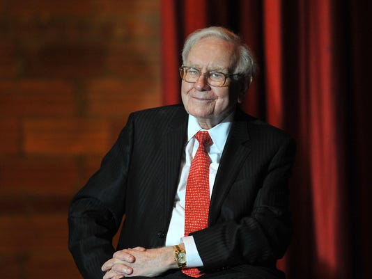 Warren Buffett Joins Hillary Clinton At Campaign Event In Omaha